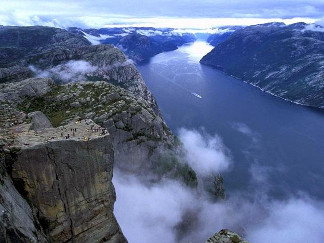 Люсе-фьорд язык троля