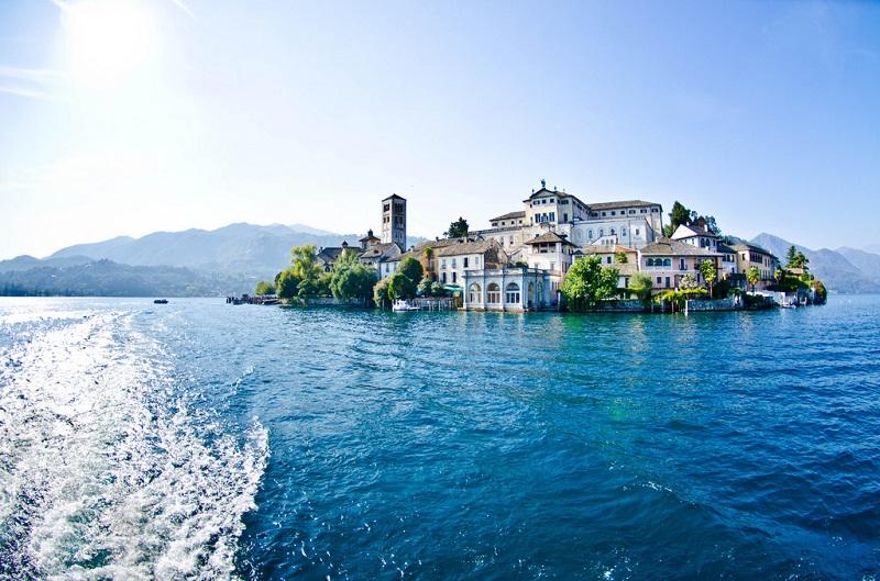 11 деньСвободный день в Милане. Факультативно: легенды озер Орта и Маджоре.